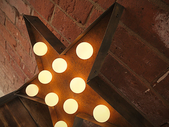 Lightbox Rusty Star